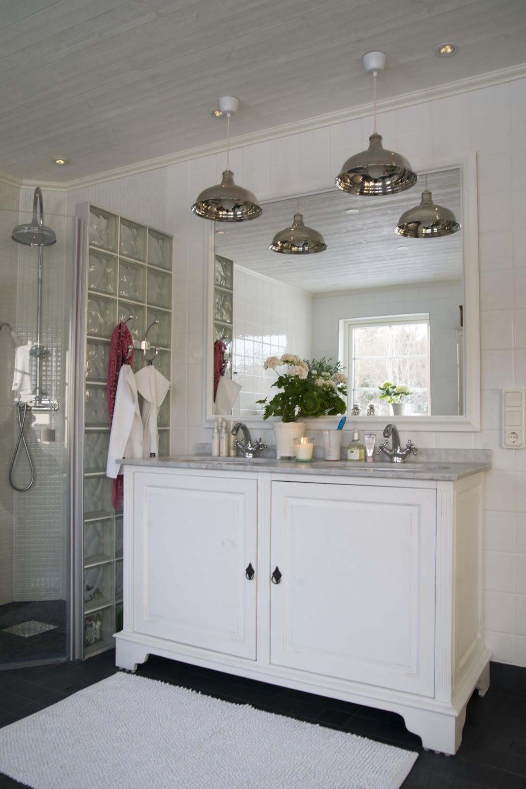 Badrum och tvättstuga i ett ~ xellen.com